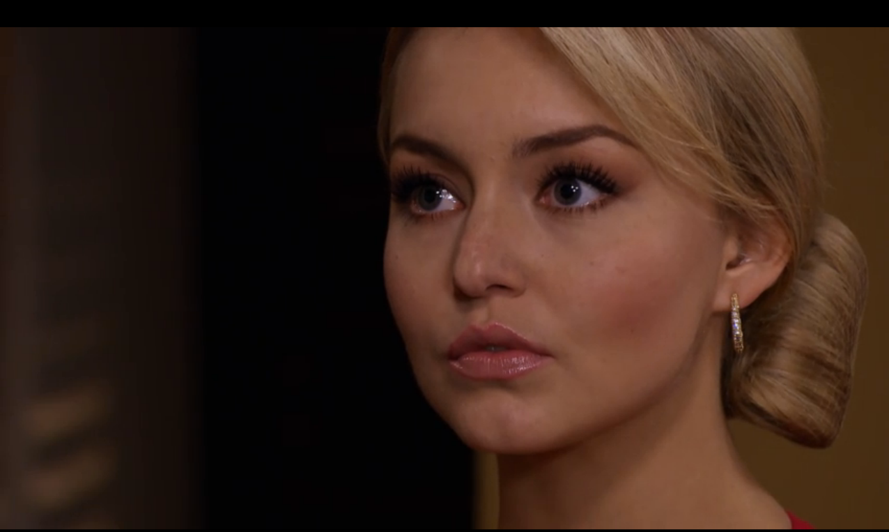 Анжелика Бойер/Angelique Boyer - Страница 3 Screen+shot+2013-12-19+at+7.27.25+PM