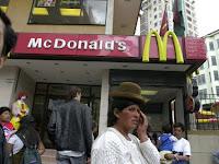 Bolívia: McDonald's anuncia falência e Coca-Cola é expulsa do país