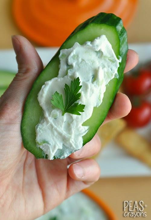 Thick and Creamy Restaurant-Style Tzatziki Cucumber Dip