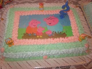 torta circuito moto e torta peppa pig...per il compleanno di mattia!!!