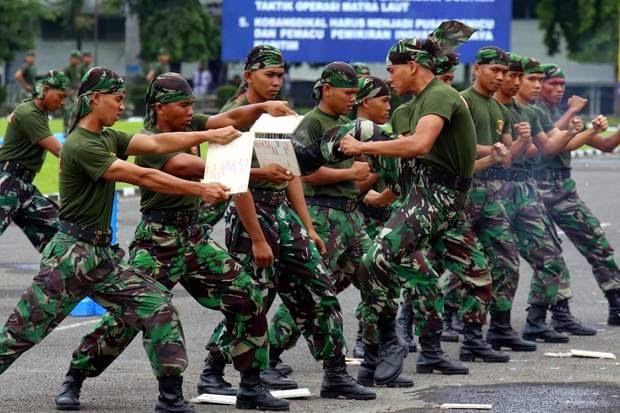 TNI-Polri Gelar Apel Pelantikan Jokowi