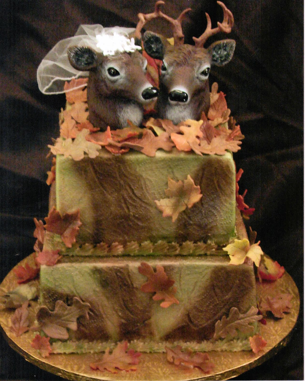 Camo Wedding Cakes Toppers Ideas