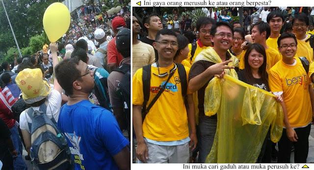 Ini gaya perusuh ke? Atau gaya pesta raya? Ini gaya muka perusuh, muka kakigaduh ke? Kelakar lah! (Does this look like a riot? Or like a raya festival? Do these faces look like rioters, trouble-makers? What a joke!) www.klakka-la.blogspot