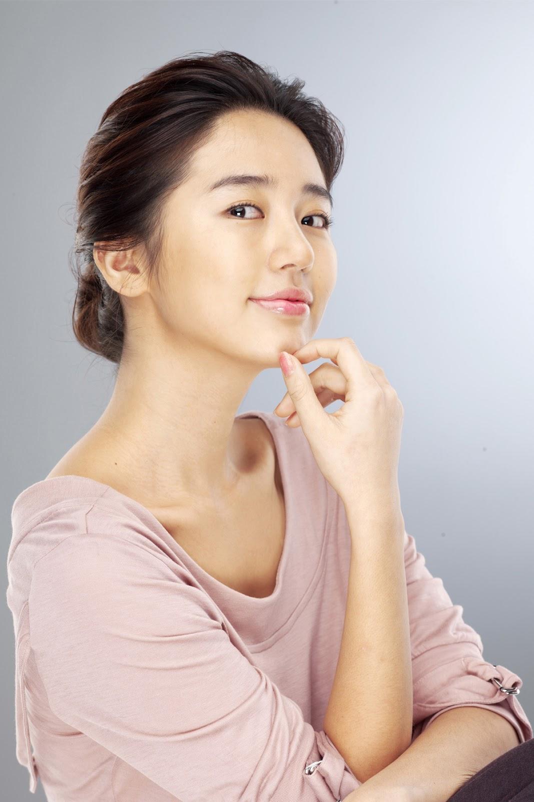 Yoon Eun-hye | HD Wallpapers (High Definition) | Free