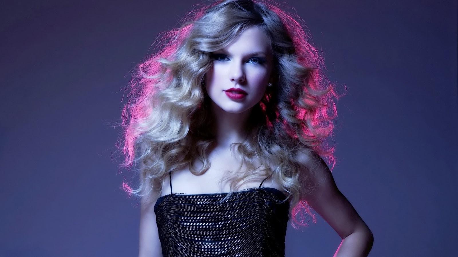 Taylor Swift Barbie Doll HD Wallpaper