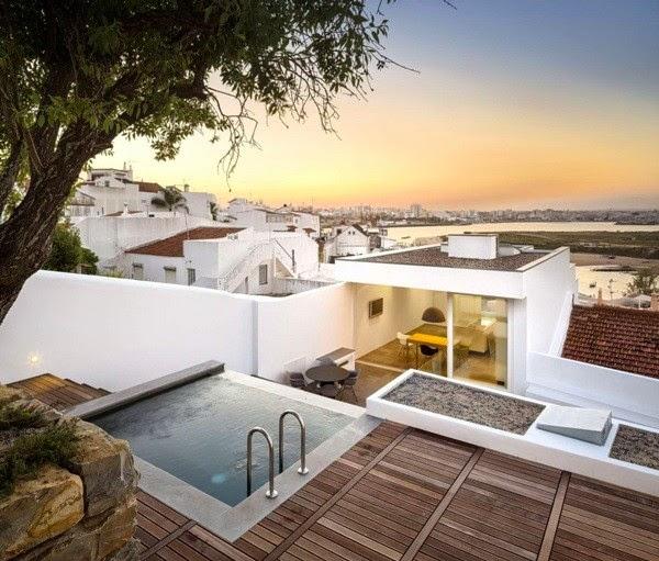 Casa 103, Bồ Đào Nha
