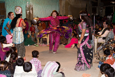 Mahakali Bhavai Mandal of Surendranagar performign Bhavai
