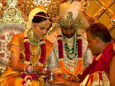 Shaadi Wallpapers Aishwarya Rai Abhishek Bachchan Marriage Photos
