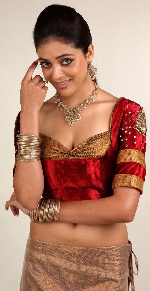 Parvathi Melton masala pictures