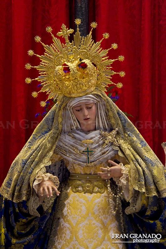 http://franciscogranadopatero35.blogspot.com/2014/12/la-bella-caridad-del-barrio-de-santa.html