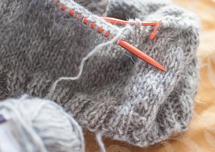 bfa45139e she shoots sheep shots  my delightful lopi yarn source