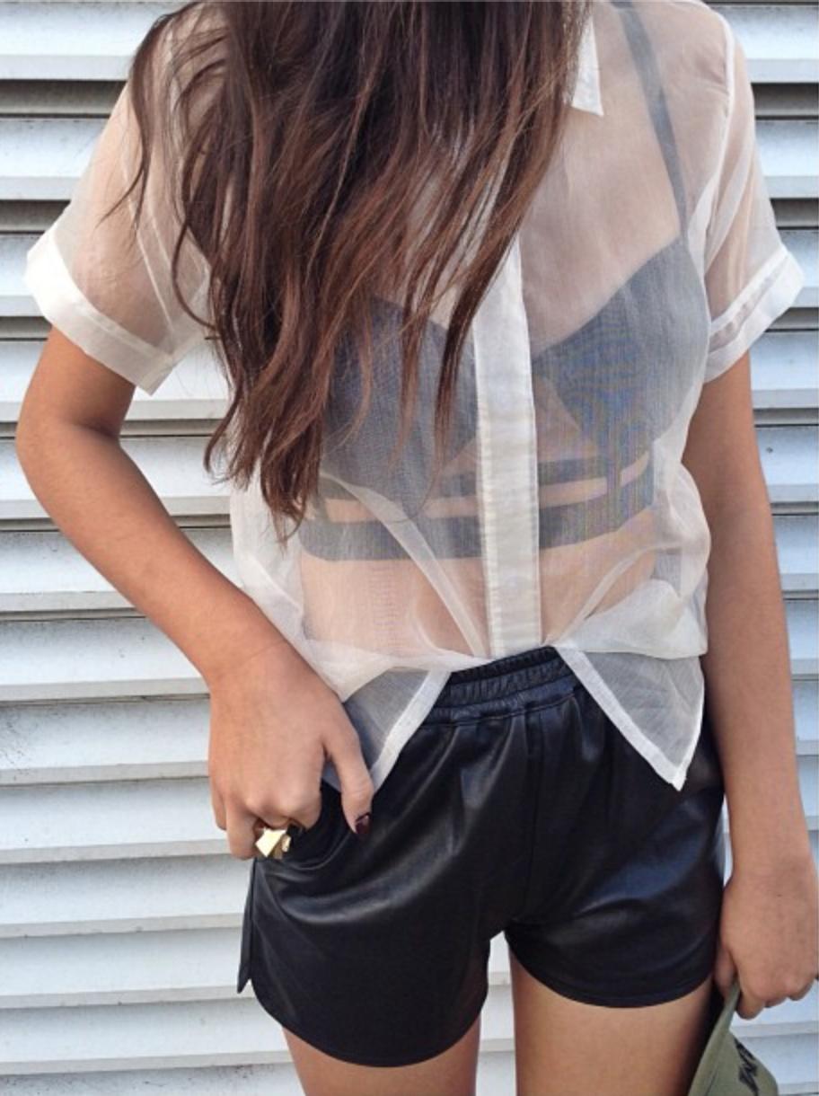 Прозрачные шорты девушек фото 14 фотография