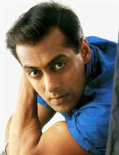 Salman Khan turns writer for 'Chillar Party'