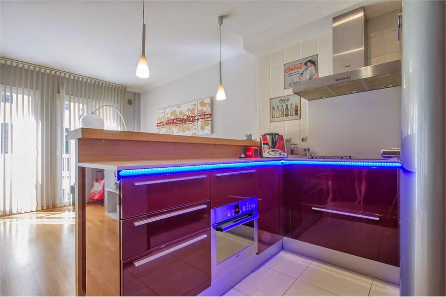 fincas mit herz h bsche 3 zimmer wohnung mit 30 qm terrasse im zentrum von palma de mallorca. Black Bedroom Furniture Sets. Home Design Ideas