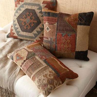 Http Denizhome Blogspot Com 2011 11 Turkish Kilim Pillows In Home Decor Html