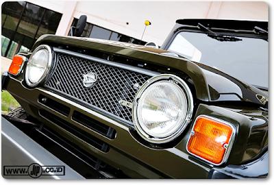 Mobil Jip Modifikasi Daihatsu Taft Kebo F50 1980 - Eksterior Depan