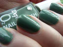 På naglarna