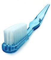 uso y cuidado del cepillo dientes
