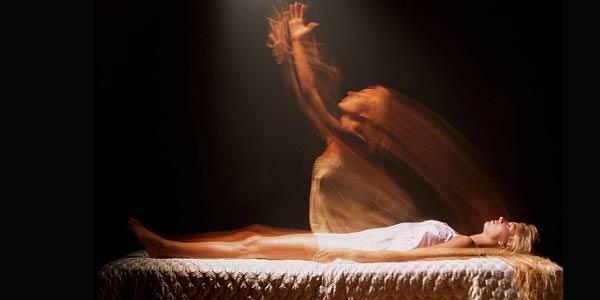Fakta Dibalik Pengalaman Keluarnya Roh dari Tubuh