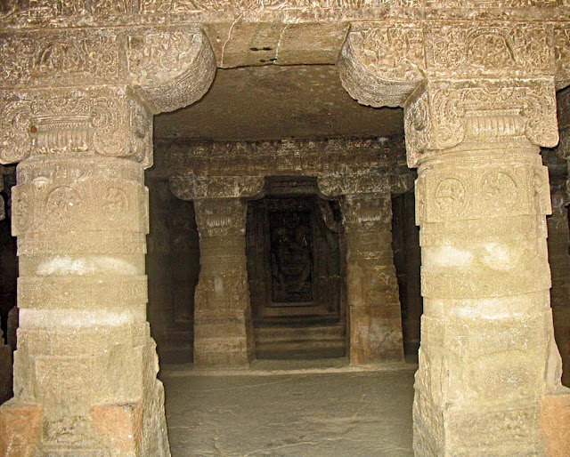 inside the Aurangabad caves