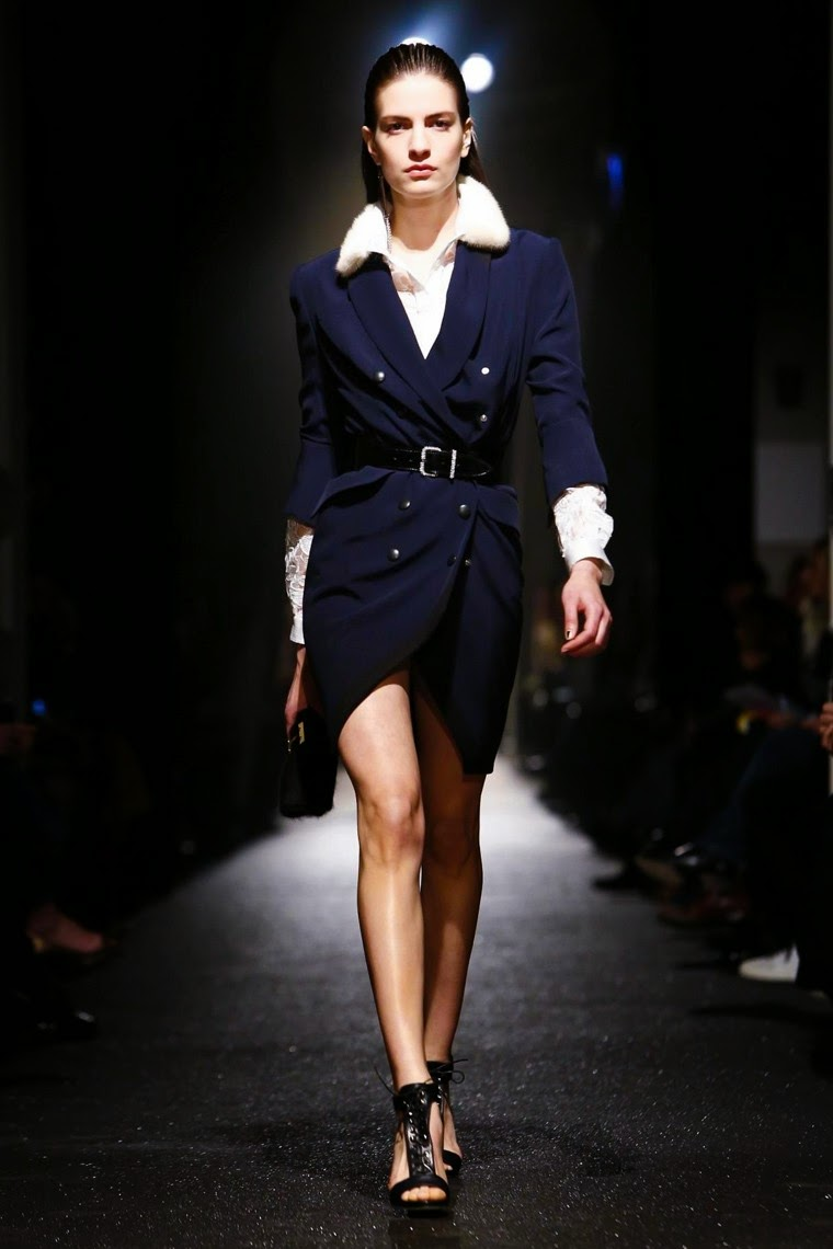 Alexis Mabille, Alexis Mabille AW15, Alexis Mabille FW15, Alexis Mabille Fall Winter 2015, Alexis Mabille Autumn Winter 2015, Alexis Mabille fall, Alexis Mabille fall 2015, du dessin aux podiums, dudessinauxpodiums, Alexis Mabille robe, vintage look, dress to impress, dress for less, boho, unique vintage, alloy clothing, venus clothing, la moda, spring trends, tendance, tendance de mode, blog de mode, fashion blog, blog mode, mode paris, paris mode, fashion news, designer, fashion designer, moda in pelle, ross dress for less, fashion magazines, fashion blogs, mode a toi, revista de moda, vintage, vintage definition, vintage retro, top fashion, suits online, blog de moda, blog moda, ropa, asos dresses, blogs de moda, dresses, tunique femme, vetements femmes, fashion tops, womens fashions, vetement tendance, fashion dresses, ladies clothes, robes de soiree, robe bustier, robe sexy, sexy dress