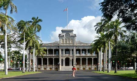 photos of the exterior of iolani palace in honolulu hawaii united states usa