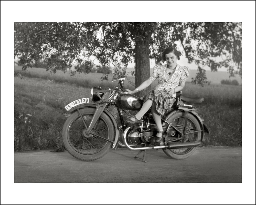 Ladies Bwith Btheir Bmotorcycles B
