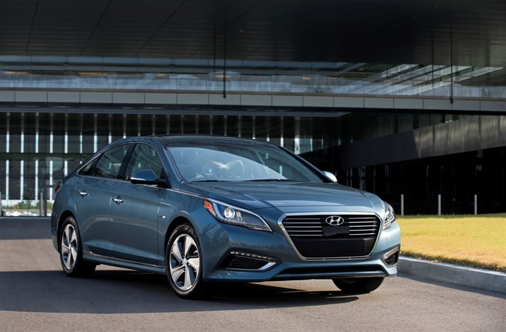 2016 HYUNDAI SONATA PLUG IN HYBRID DELIVERS CLASS LEADING 27 MILE  ALL ELECTRIC RANGE