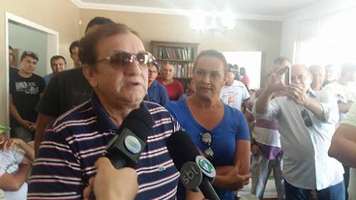 Mão Santa pede ajuda dos deputados estaduais para retomada das obras da estrada da Pedra do Sal