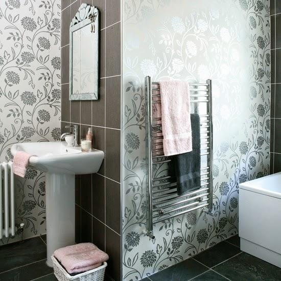 idee de papier peint pour salle de bain  idées déco pour maison ...