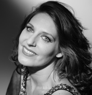 Amanda Echalaz