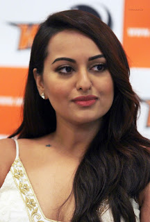 Sonakshi Sinha cute Sleeveless Deep Plunging Neckline Fashion Gown