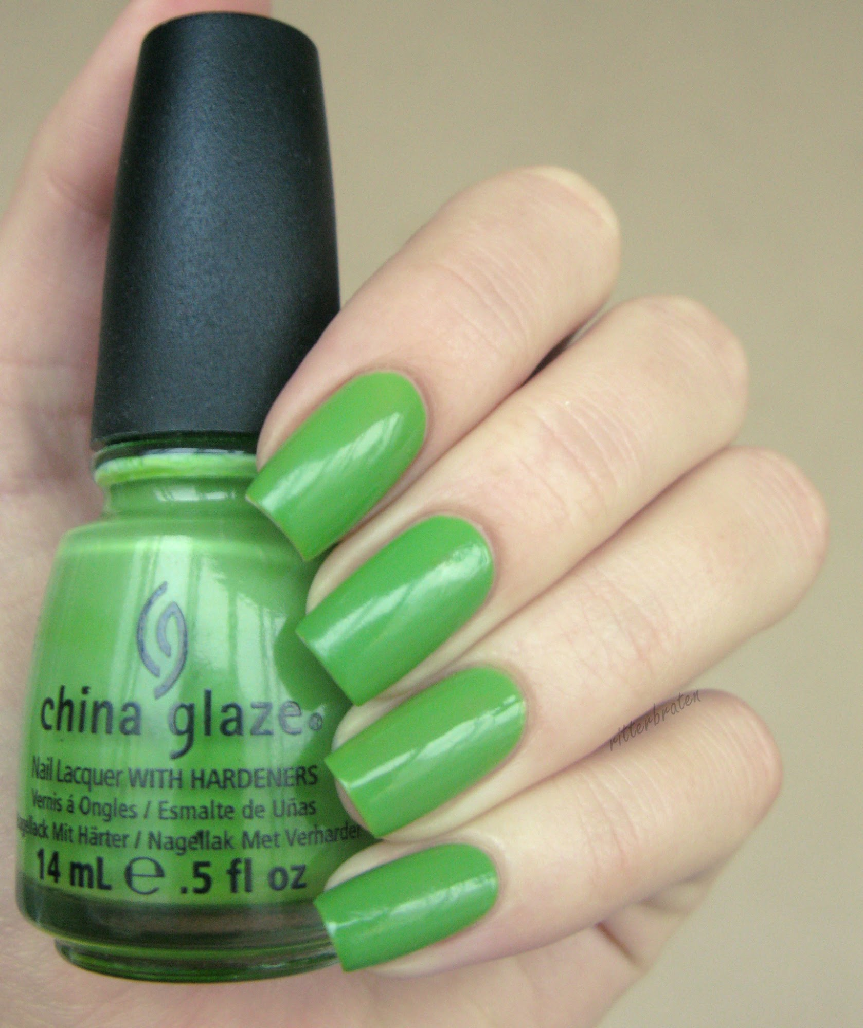 China Glaze Gaga For Green
