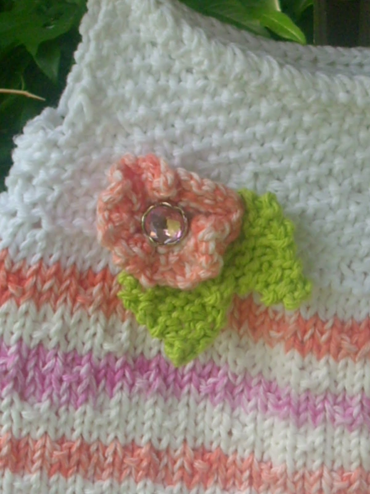 Knitting Patterns: Knit Leaves (add to knit flower for a different look)