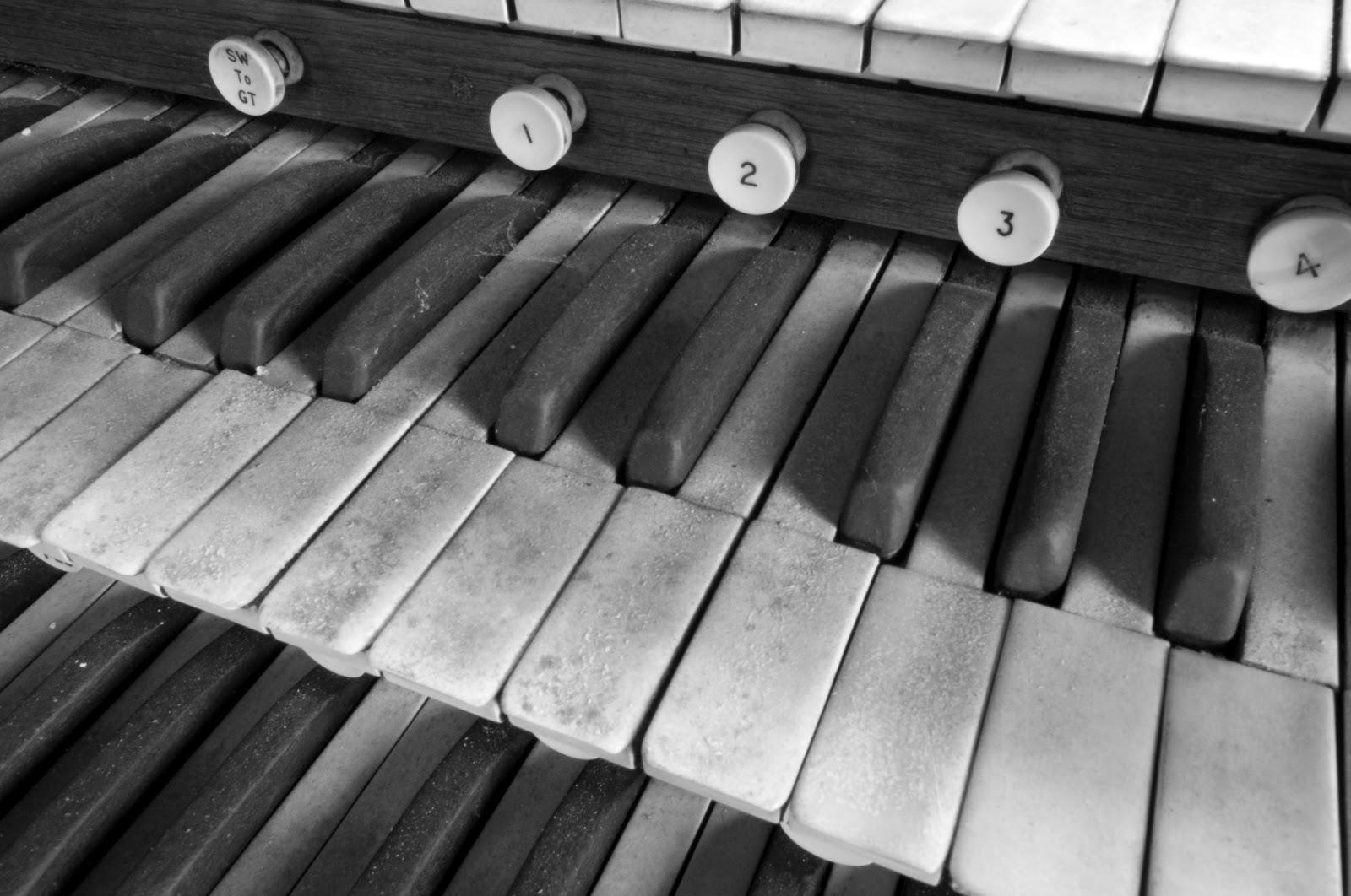 instruments keyboard wallpaper - photo #45