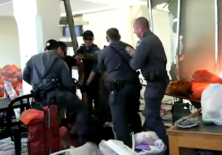 اعتداء وحشي من الشرطة الإسرائيلية على عائلة فلسطينية بيافا فلسطين