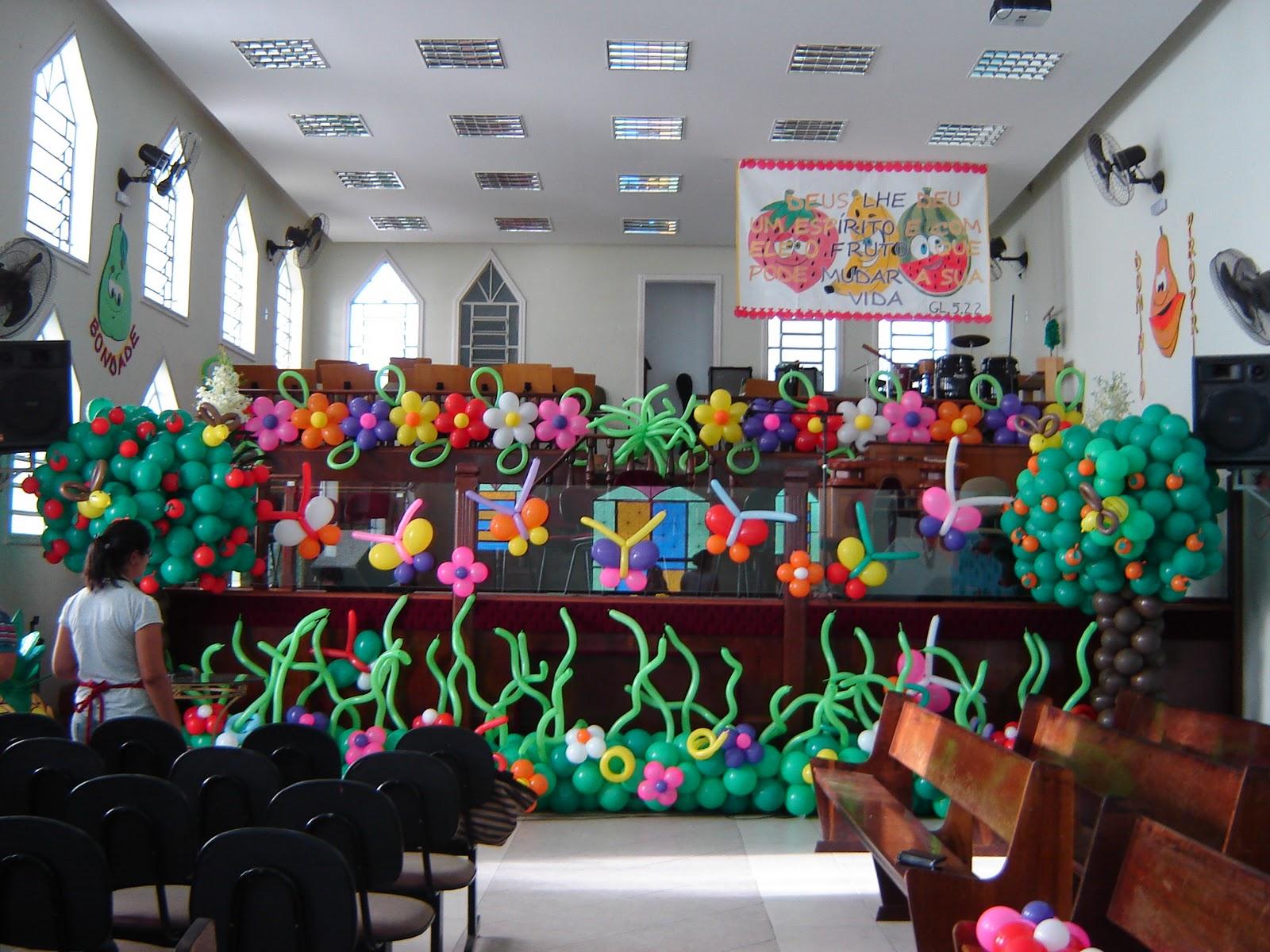 Priscila Arte em balões Decoraç u00e3o da Igreja Evangélica Terra Brasil -> Decoração Simples Para Festividade De Igreja Evangelica