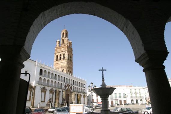 Excursión a Llerena, Regina y Santuario Virgen de Ara. Sábado 11 de Mayo