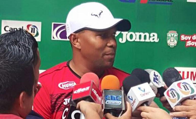 Carlos Pavón: le ganamos al Olimpia pero no por eso somos los mejores