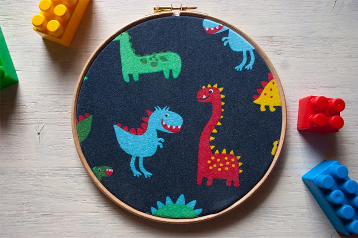 Cuadrito bastidor de dinosaurios