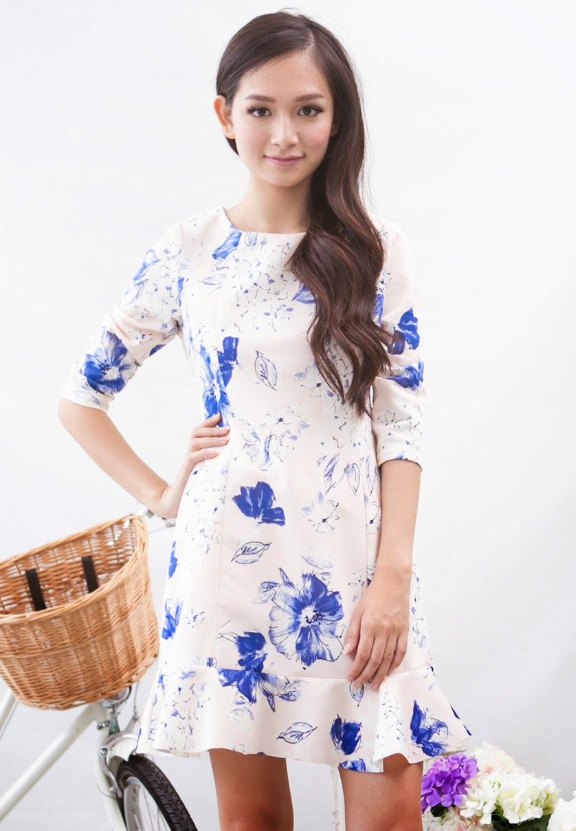 Fashion Clicks Just Click Your Way To Wednesday Shopping Minimal Floral Emb Crop Trouser Jet Black Hitam L Blue Printed Dress