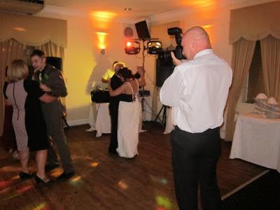 Duncan wedding photographer at first dance