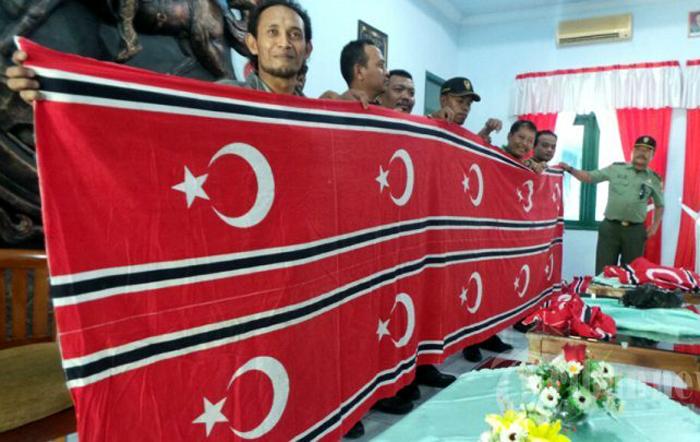 Bendera GAM Bulan Bintang