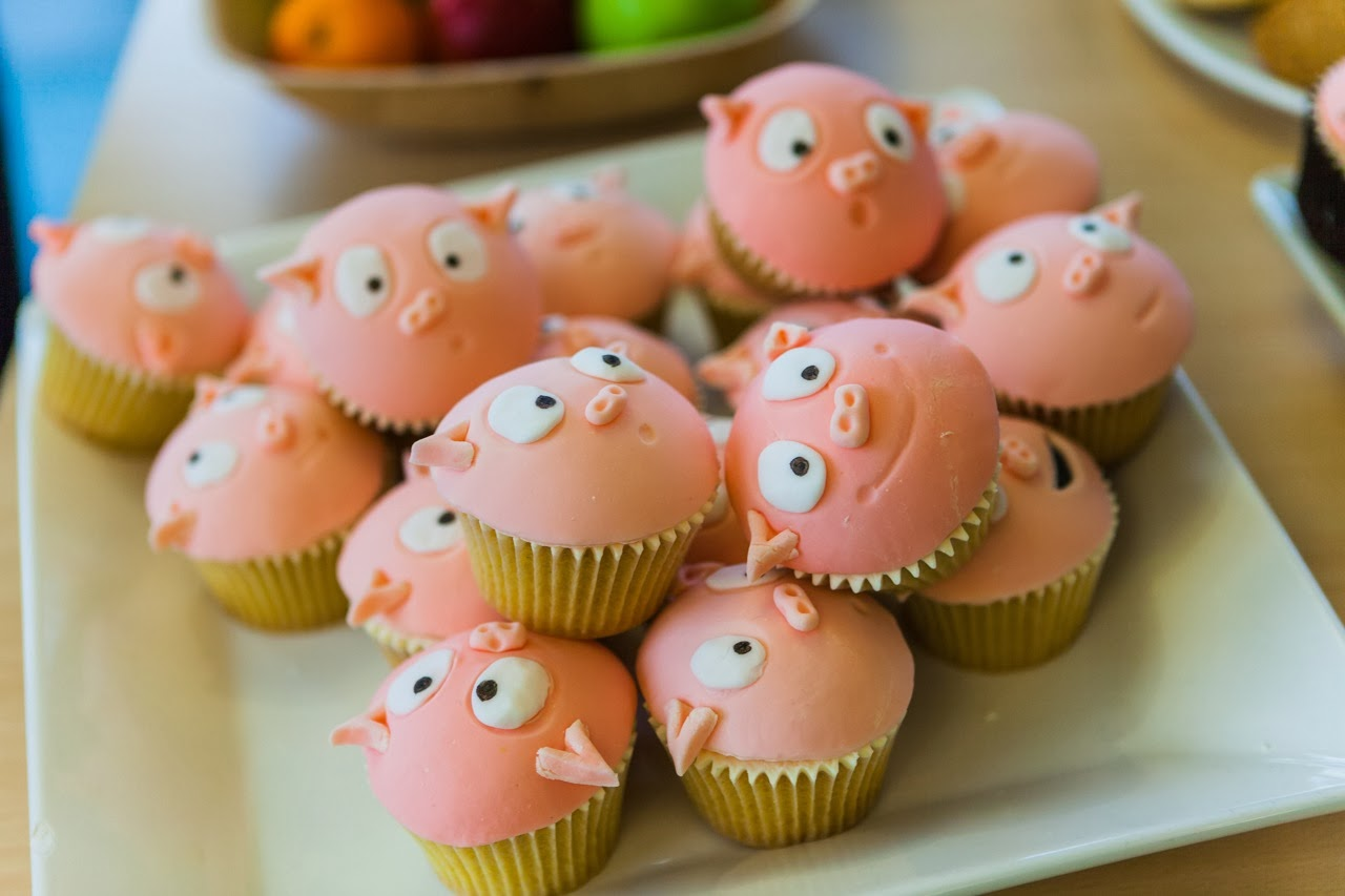 Pigby cakes