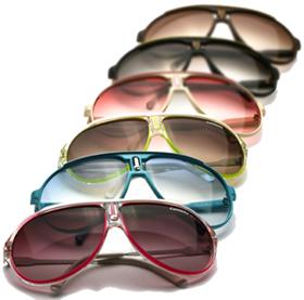 ... cujo objetivo era comercializar e divulgar a marca em outros países.  Nesta época a marca apresentou uma nova coleção de óculos esportivos que ... 892db551cf