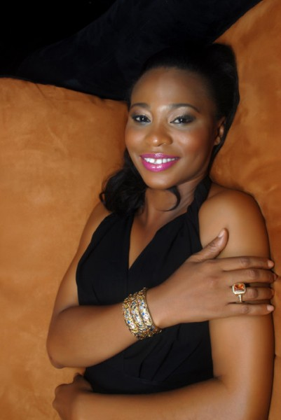 Sexy Nollywood Actress Nse Ikpe-Etim Is Engaged (PHOTO)