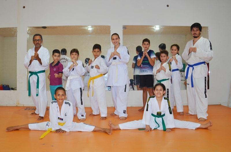"""Academia de Taekwondo """"Garras de Tigre"""" está em pleno funcionamento – Inscreva-se."""