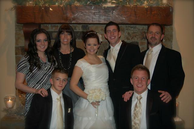 wedding, wedding pictures, winter wedding, modest wedding dress