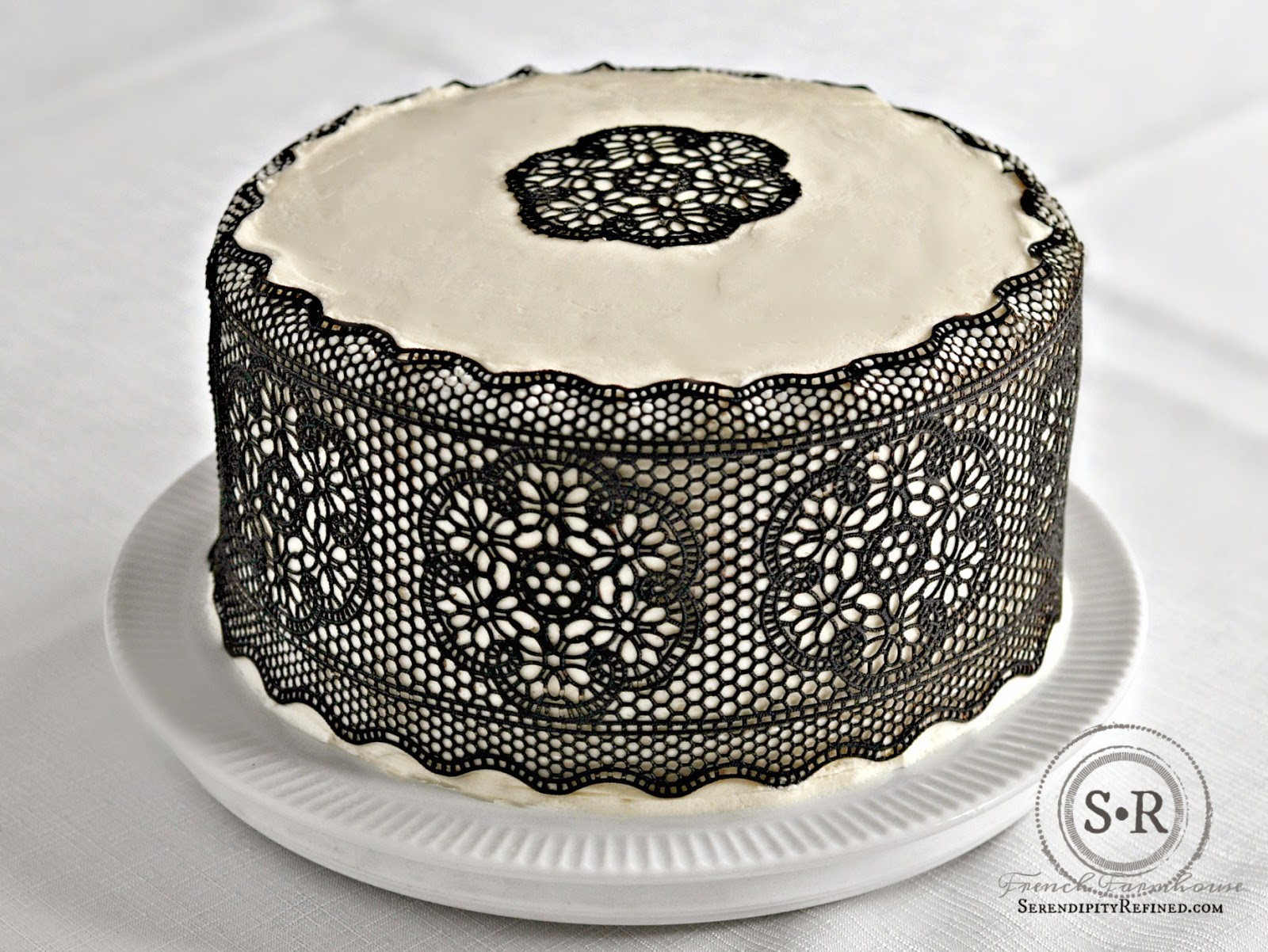 serendipity refined blog easy chocolate lace cake decorations - Chocolate Decorations