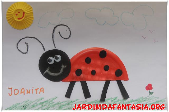 Artes Colagem Representação de Personagem Joaninha
